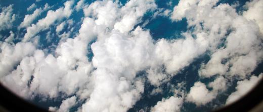Di atas awan..